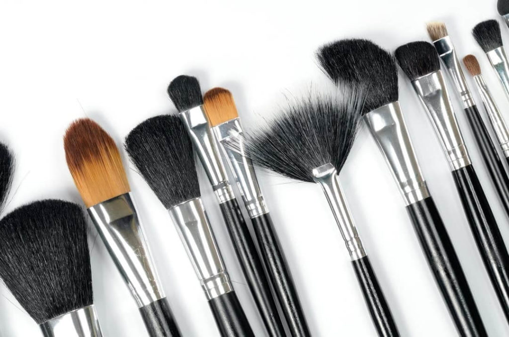 Makeup-Brush-Bellingham-Facials-Let (1)